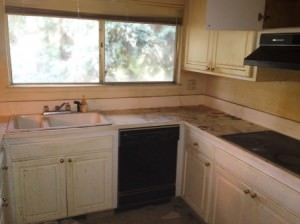 12 Eagle Rock Kitchen Before